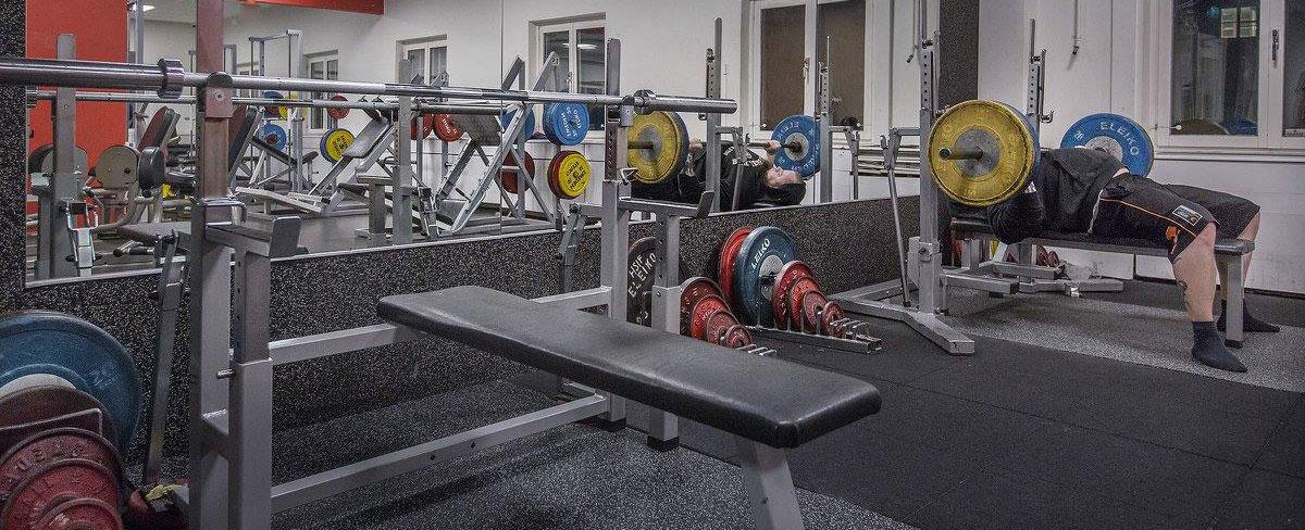 Välkommen till det kompletta och familjära gymmet!
